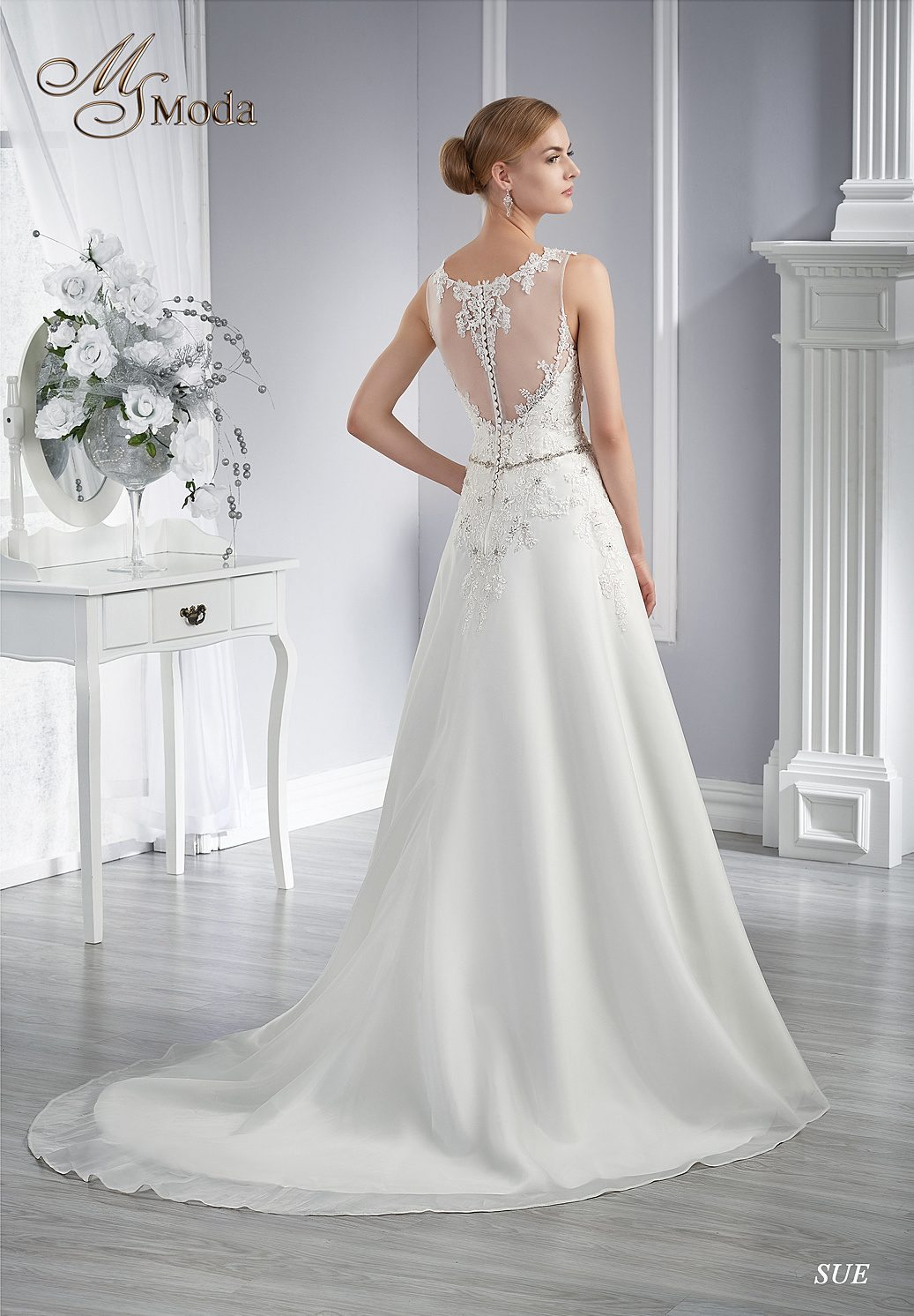 Svatební šaty SUE ebb1a1b707